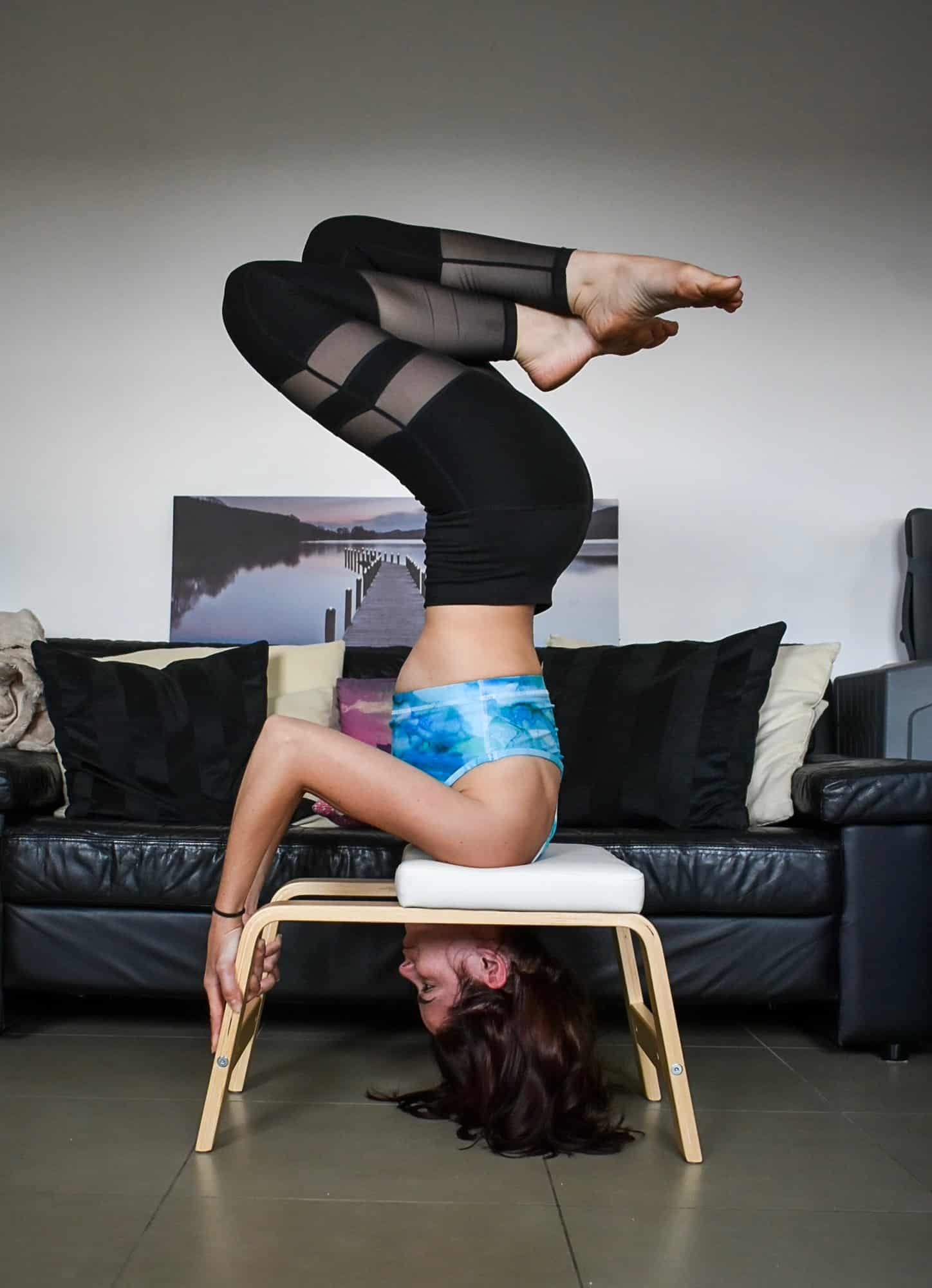 FeetUp Trainer Headstand variation